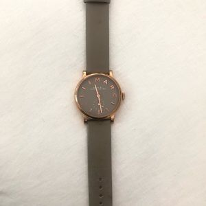 Marc Jacobs Gray leather and Rose Gold Watch